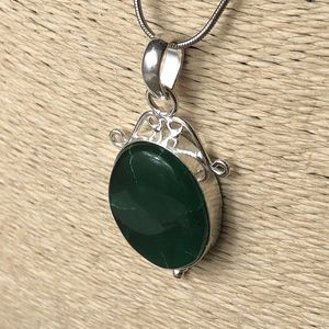 Emerald Green Vintage Style Boho Necklace